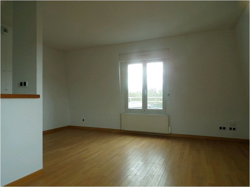 Rental apartment Crosne 875€ CC - Picture 4