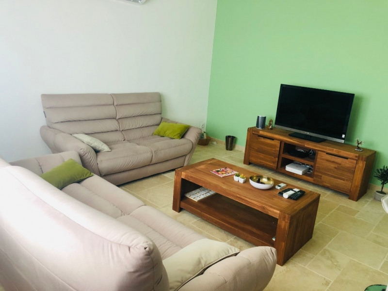 Sale apartment Le port 172 800€ - Picture 2