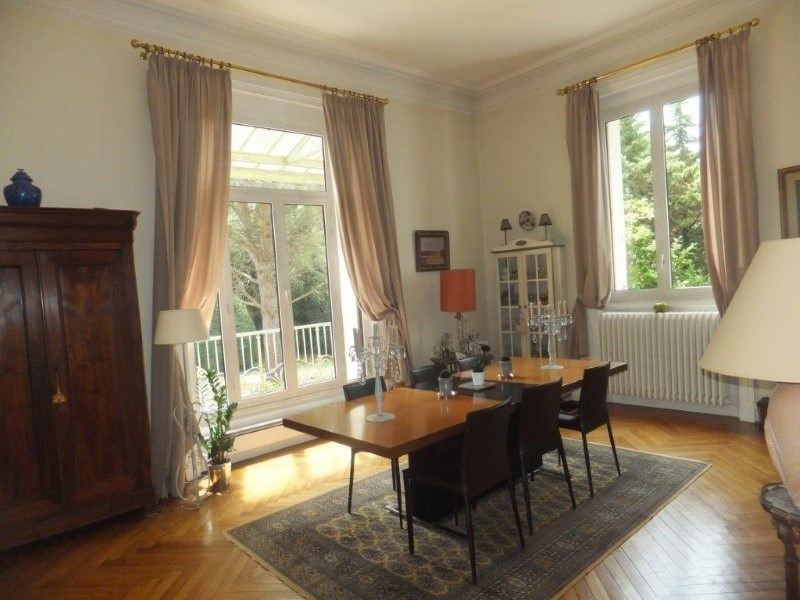 Deluxe sale house / villa Jarnac 561750€ - Picture 2