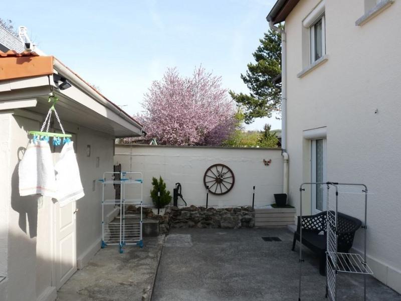 Sale house / villa Roche-la-moliere 189000€ - Picture 3