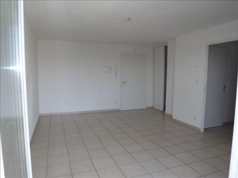 Rental apartment Vendome 439€ CC - Picture 2