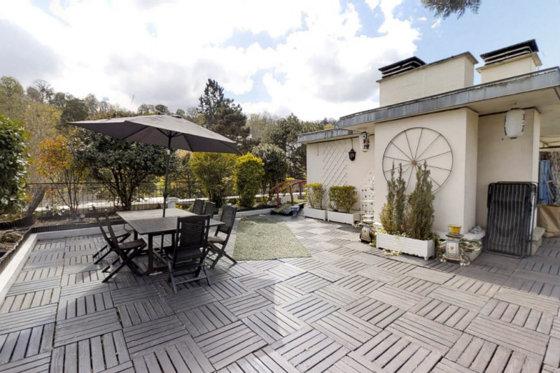 Sale apartment Bougival 765 000€ - Picture 1