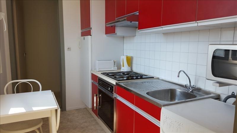 Sale apartment Pau 79000€ - Picture 3