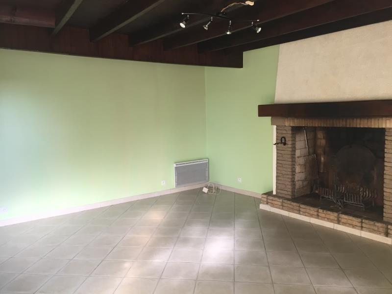 Sale house / villa St germain sur ay 105750€ - Picture 3