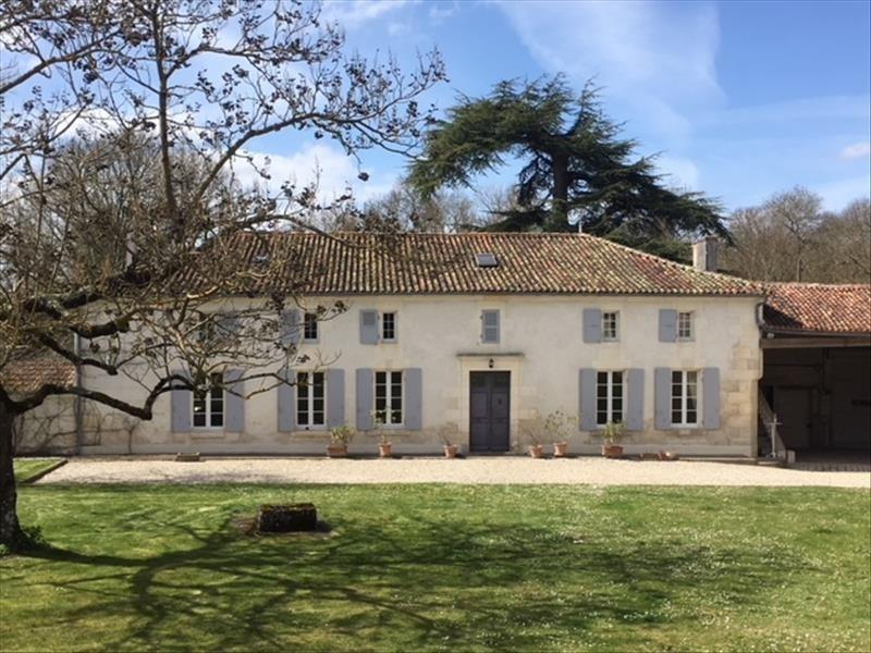 Vente de prestige maison / villa Brives sur charente 577500€ - Photo 2