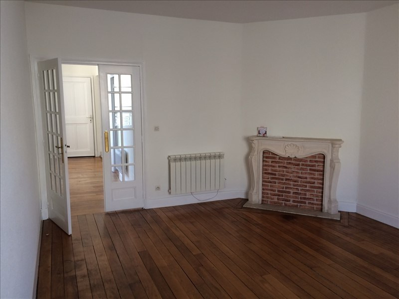Location appartement Versailles 1 284€ CC - Photo 1