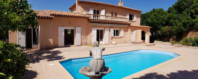Location maison / villa Cavalaire sur mer 1900€ CC - Photo 1