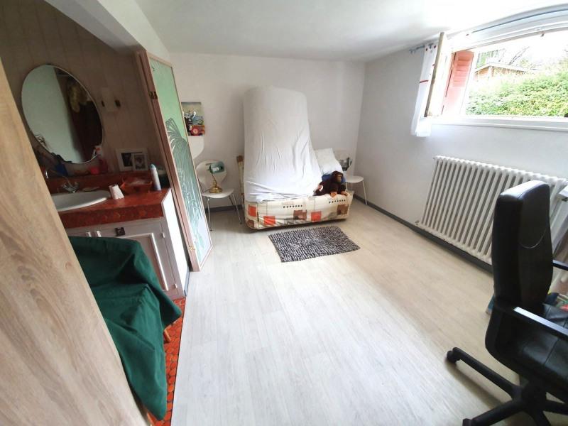 Sale house / villa Barbezieux-saint-hilaire 137800€ - Picture 8
