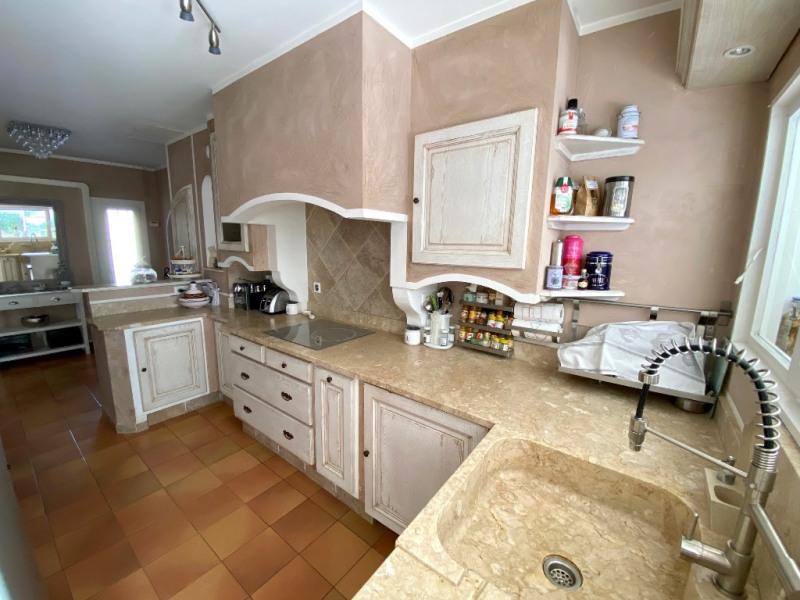 Sale house / villa Les milles 389000€ - Picture 4
