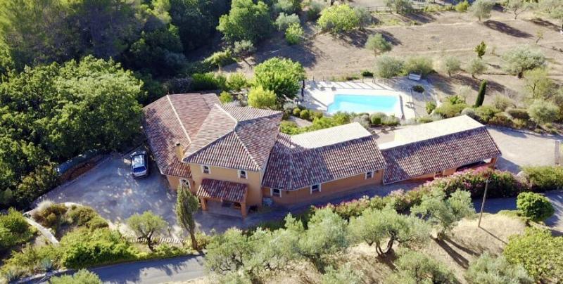 Deluxe sale house / villa Seillans 698000€ - Picture 2