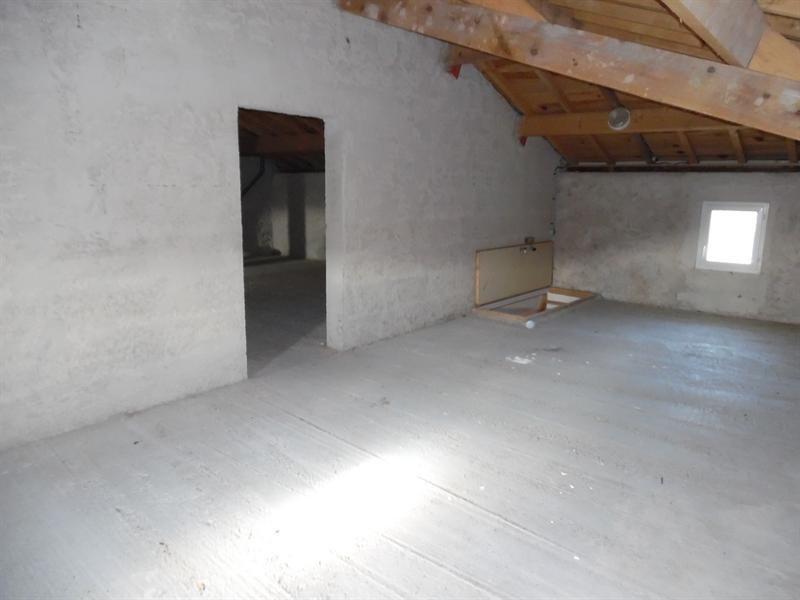 Sale house / villa Mesterrieux 159000€ - Picture 5