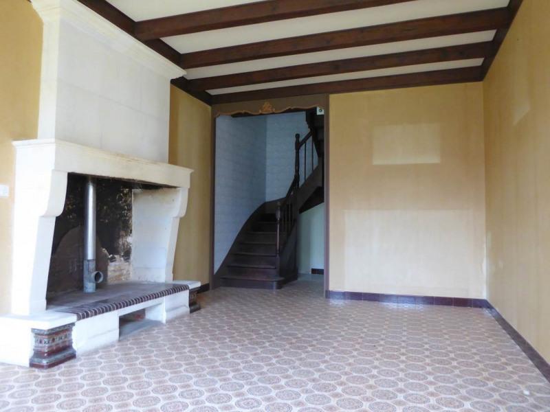 Sale house / villa Cherves-richemont 96750€ - Picture 3