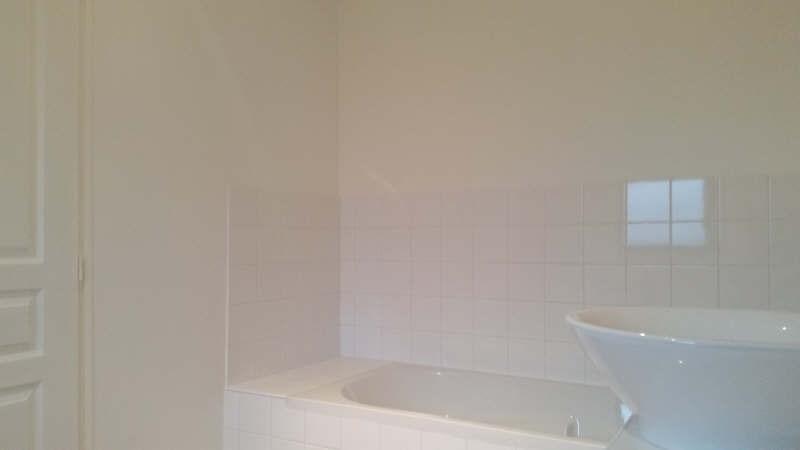 Sale house / villa Montfort l amaury 271000€ - Picture 5