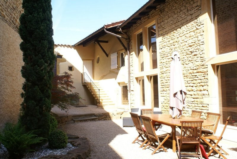 Deluxe sale house / villa Ville-sur-jarnioux 690000€ - Picture 1