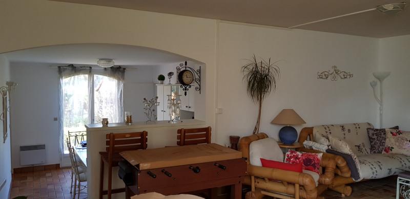Location maison / villa Castres-gironde 820€ CC - Photo 13