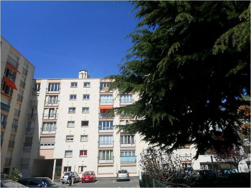Rental apartment Juvisy-sur-orge 940€ CC - Picture 1