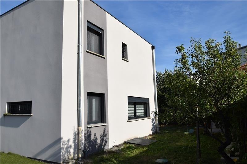 Sale house / villa Villefranche sur saone 399000€ - Picture 2