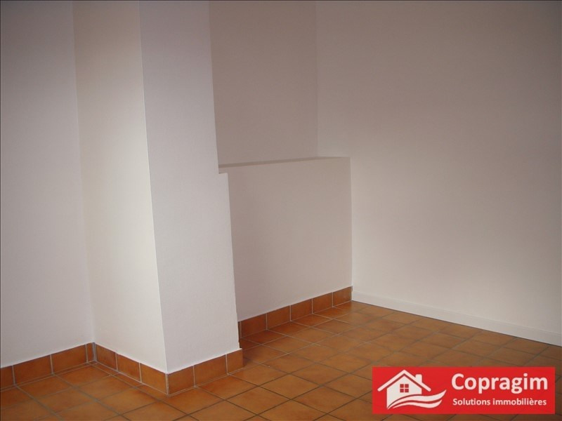Location appartement Montereau fault yonne 366€ CC - Photo 3