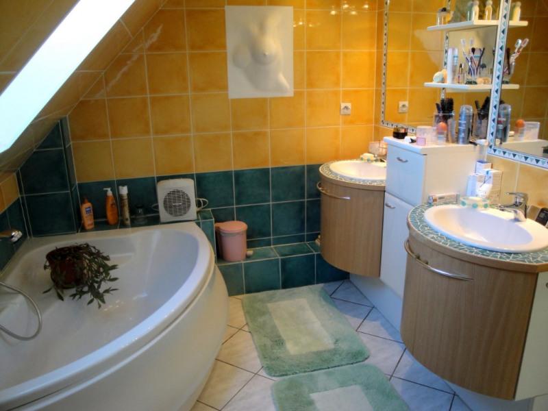 Sale house / villa Montigny les cormeilles 437400€ - Picture 12