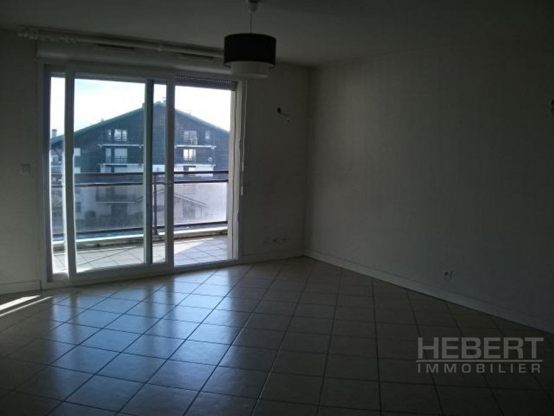 Rental apartment Sallanches 865€ CC - Picture 2