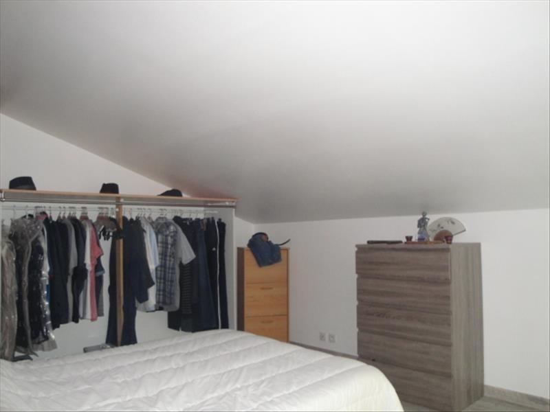 Vente maison / villa La creche centre 145500€ - Photo 4