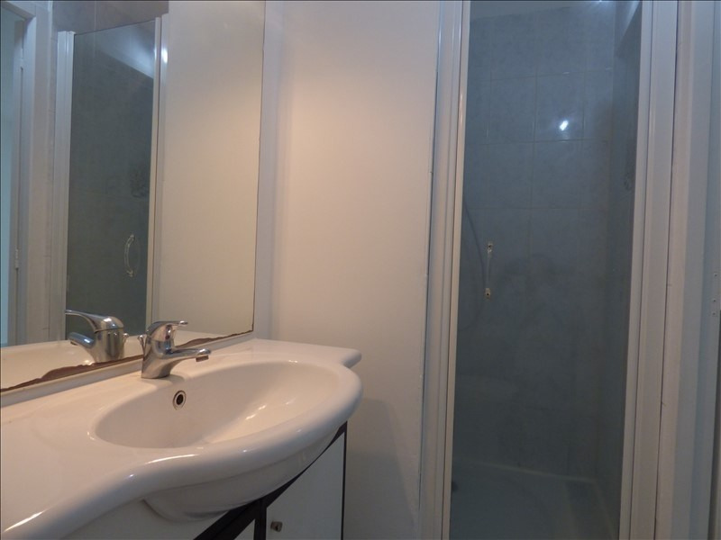 Investment property apartment St pierre 78 500€ - Picture 3