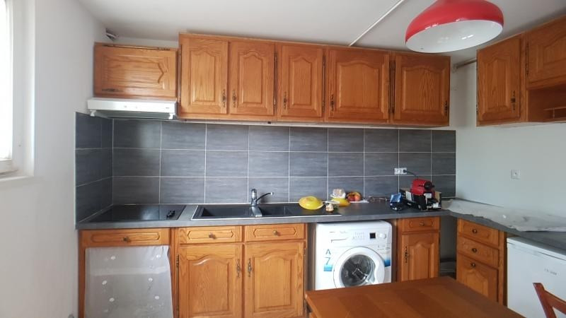 Rental apartment Pontault combault 1100€ CC - Picture 2