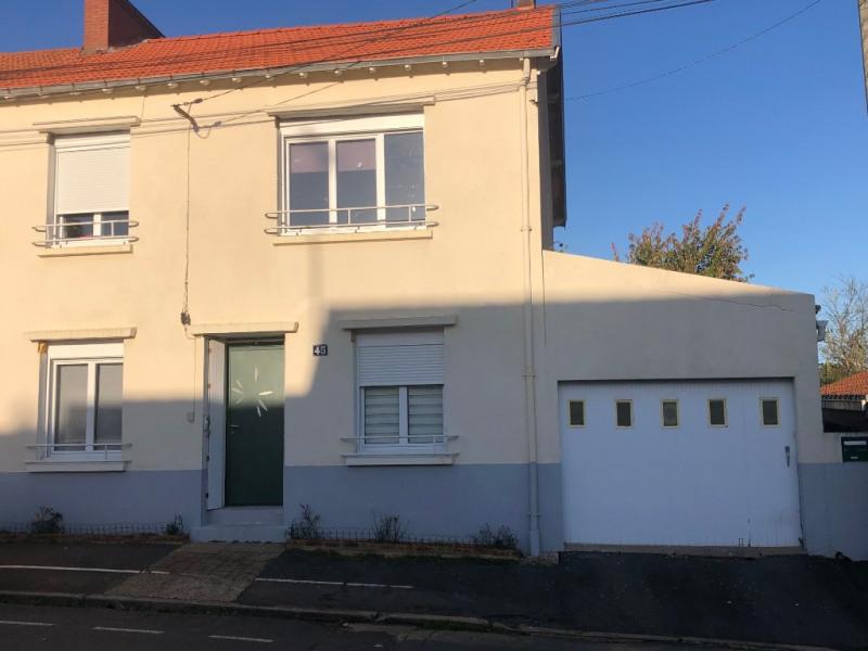 Sale house / villa Le may sur evre 117420€ - Picture 1