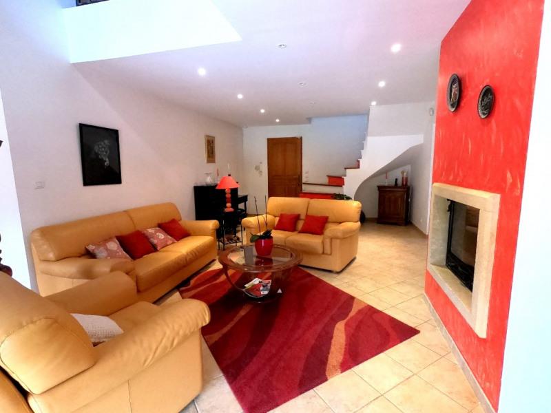 Rental house / villa Simiane collongue 2530€ CC - Picture 2