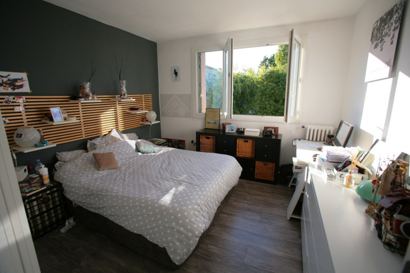Sale apartment La celle-saint-cloud 245 000€ - Picture 1