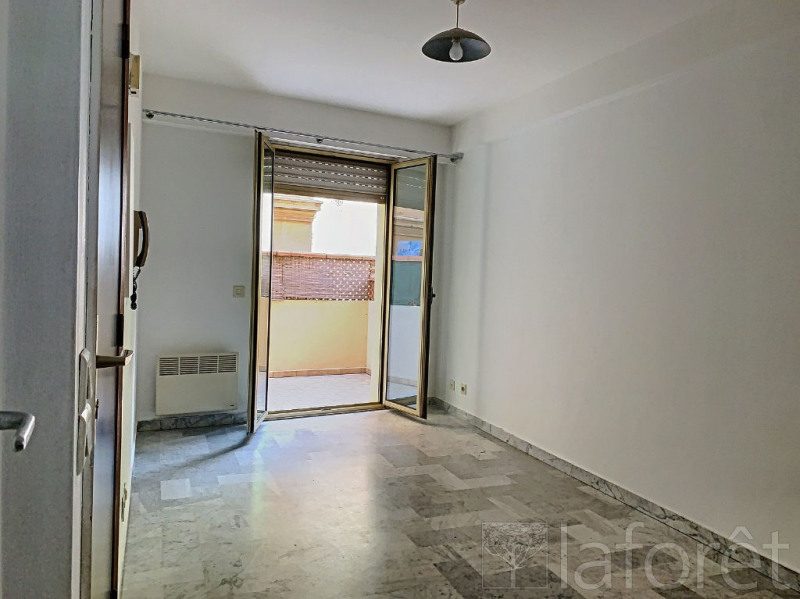 Location appartement Beausoleil 595€ CC - Photo 1