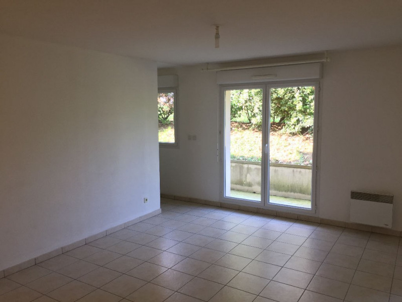 Rental apartment Lehaucourt 455€ CC - Picture 2