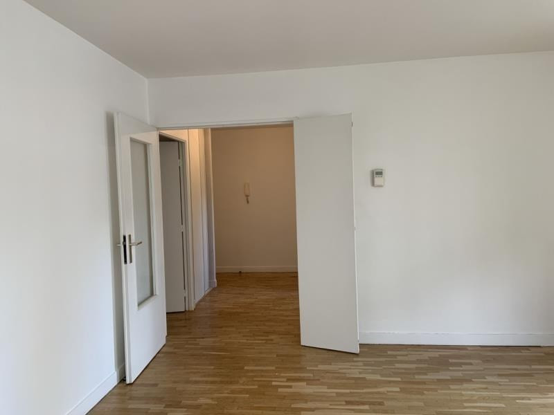 Rental apartment Courbevoie 1690€ CC - Picture 5