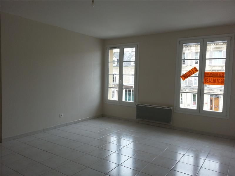 Location appartement Falaise 461€ CC - Photo 2