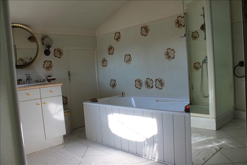 Sale house / villa Langon 212300€ - Picture 8