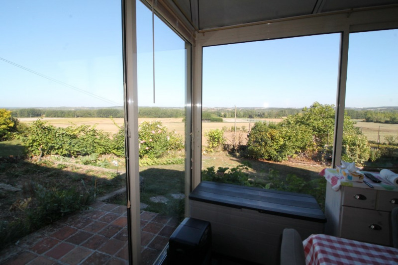 Vente maison / villa La chartre sur le loir 151900€ - Photo 4