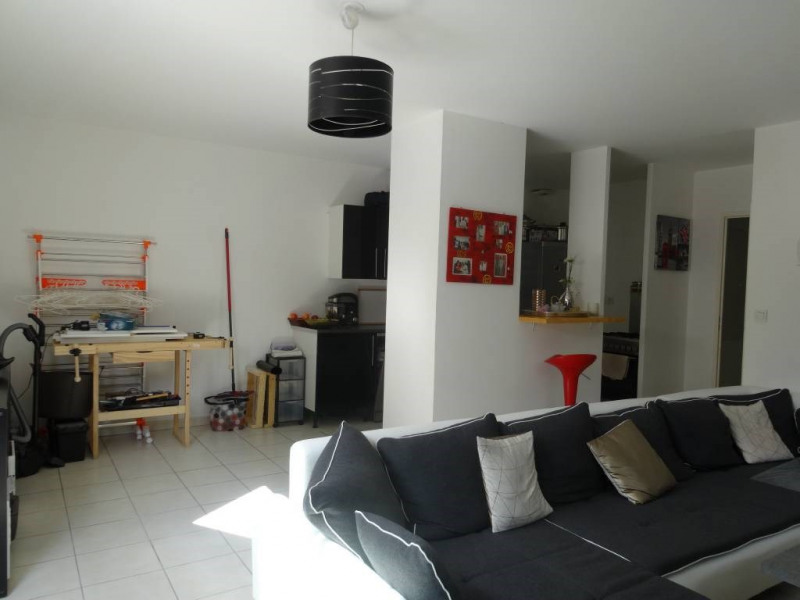 Rental apartment Montfavet 717€ CC - Picture 3