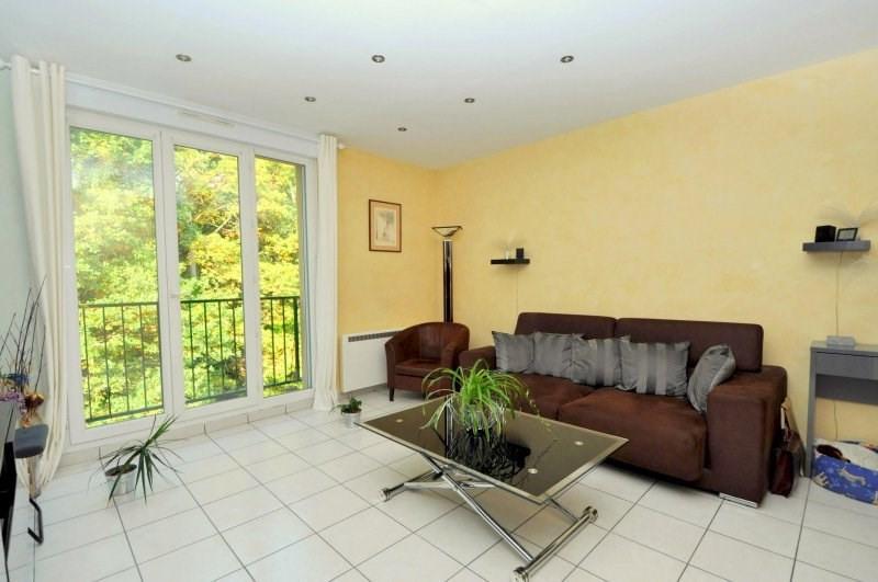 Sale apartment Forges les bains 180000€ - Picture 2