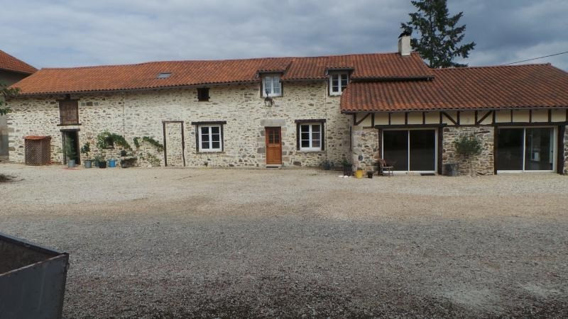 Sale house / villa Solignac 395000€ - Picture 1