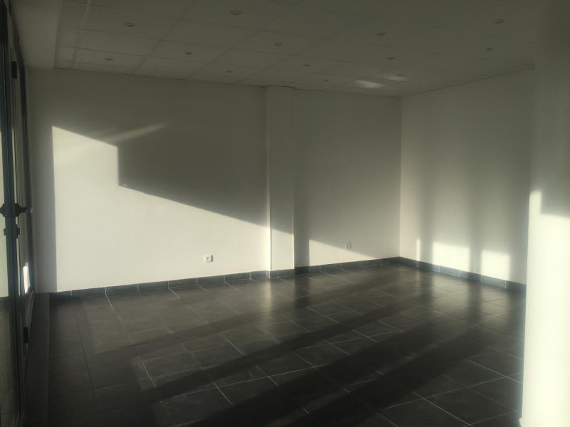 Location bureau Ares 450€ HT/HC - Photo 4