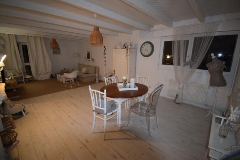 Sale apartment Cran gevrier 299000€ - Picture 1