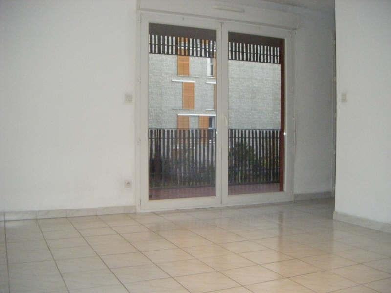 Location appartement Balaruc les bains 613€ CC - Photo 2