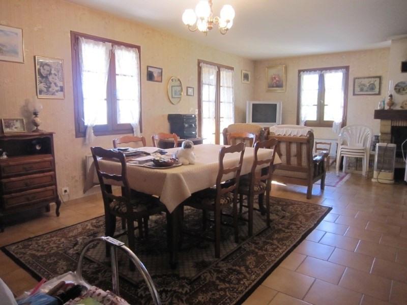 Sale house / villa Bezenac 199000€ - Picture 5