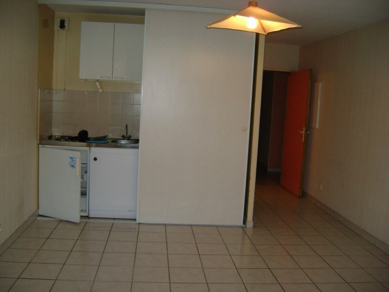 Rental apartment Rodez 263€ CC - Picture 2