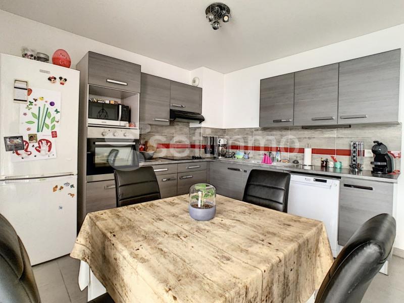 Rental apartment Le rove 926€ CC - Picture 4