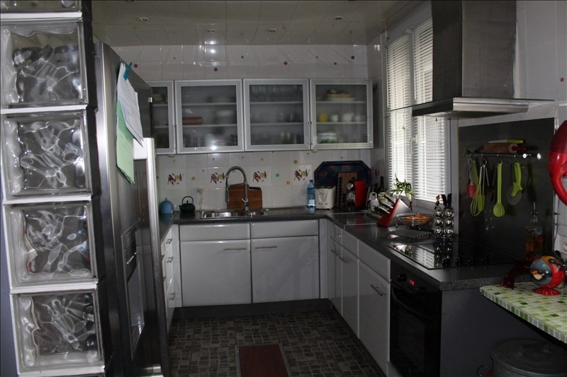 Sale house / villa Gouzeaucourt 279680€ - Picture 4