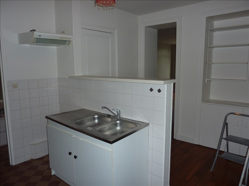 Location appartement Vendome 390€ CC - Photo 3