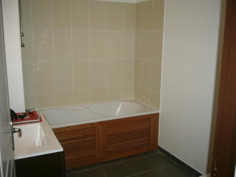 Rental apartment St denis 292€ CC - Picture 2