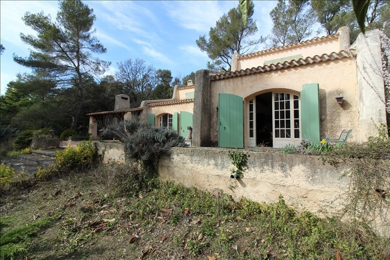 Deluxe sale house / villa Simiane collongue 840 000€ - Picture 4
