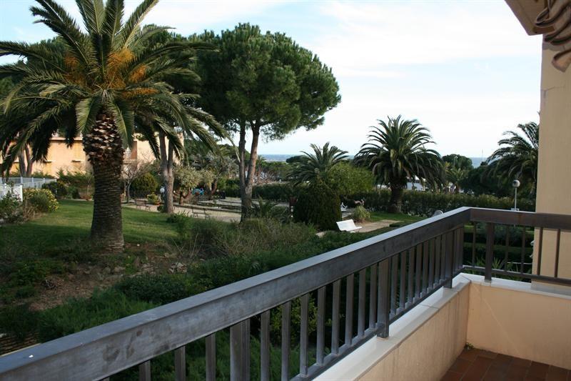 Location vacances appartement Les issambres 670€ - Photo 1